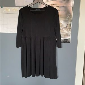 American Eagle Outfitters mid sleeve dress.
